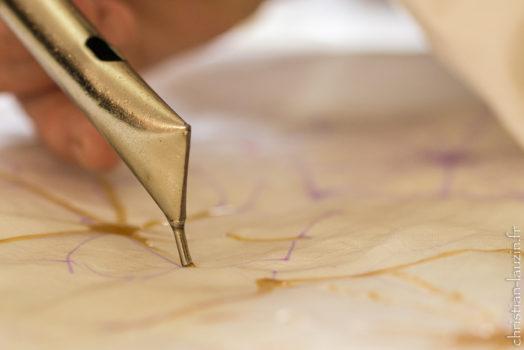 Outil pour mis en oeuvre dans l'art du Batik